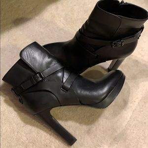 Stunning Vince Camuto Leather Boots